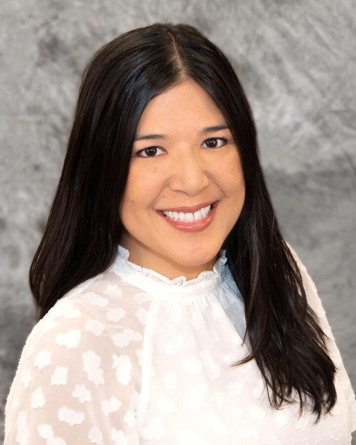 Stephanie Mitchell, REALTOR® / Salesperson / Lic.#S.0067163 in Henderson, Windermere