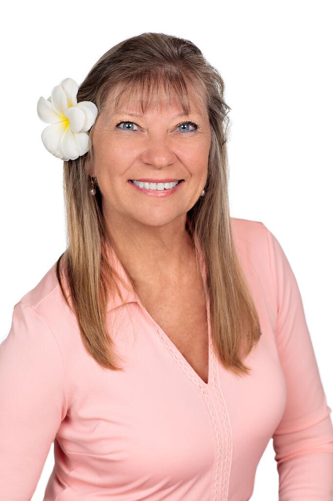 Susan J. Miedema, Broker-in-Charge in Kailua-Kona, Windermere