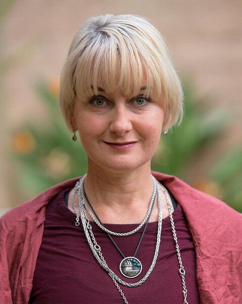 Shannon Rose,  in Los Altos, Sereno