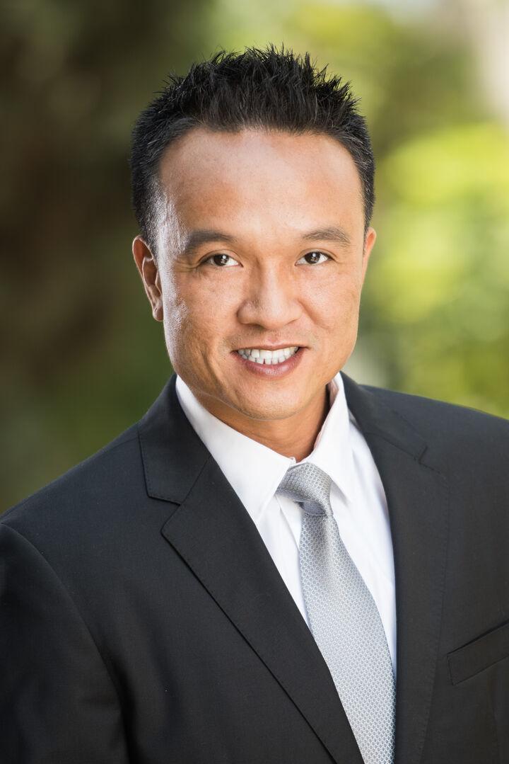 Brian Tiongson Reyes,  in Encino, Pinnacle Estate Properties