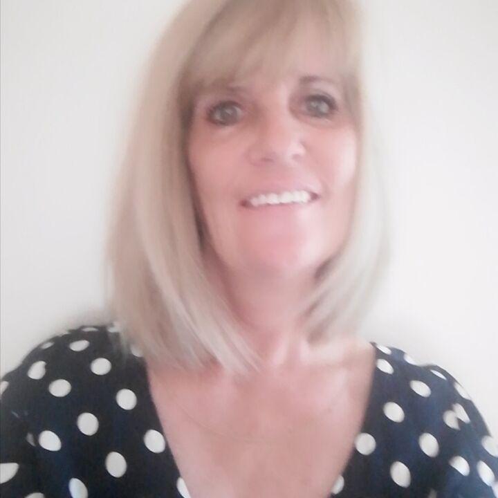 Annie  Harris, Realtor® / Salesperson / Lic.#S.0182311 in Henderson, Windermere