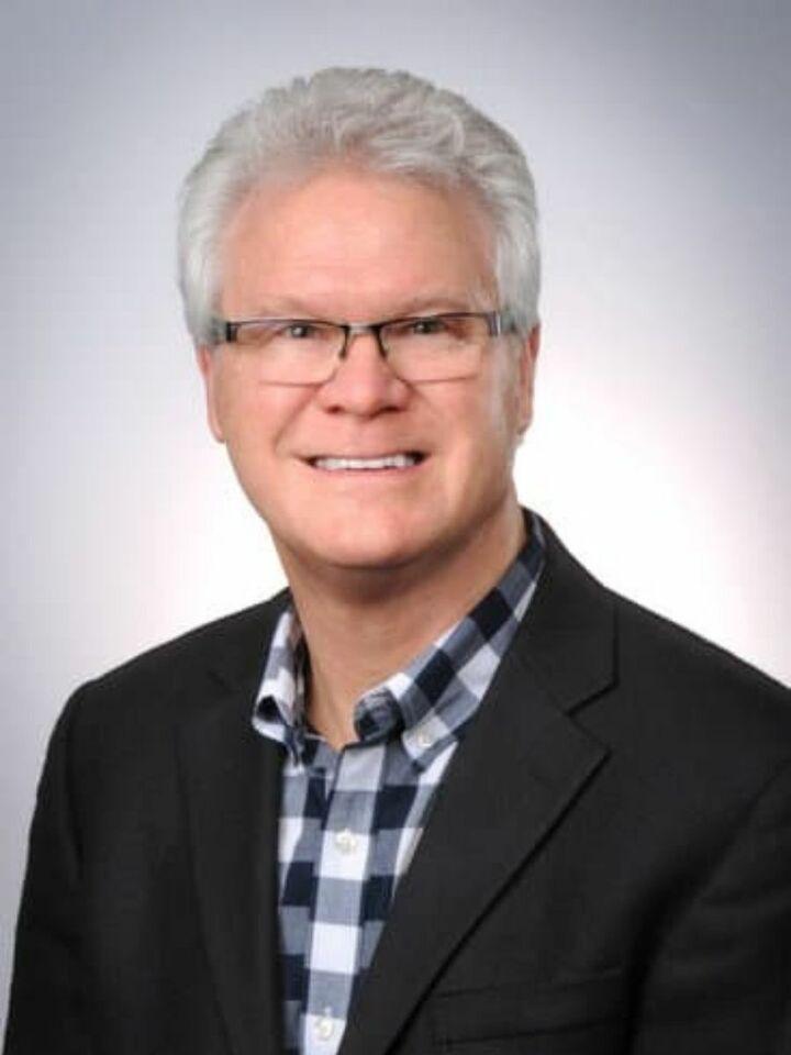 Craig Olney, Associate Broker in Carmel, BHHS Indiana Realty