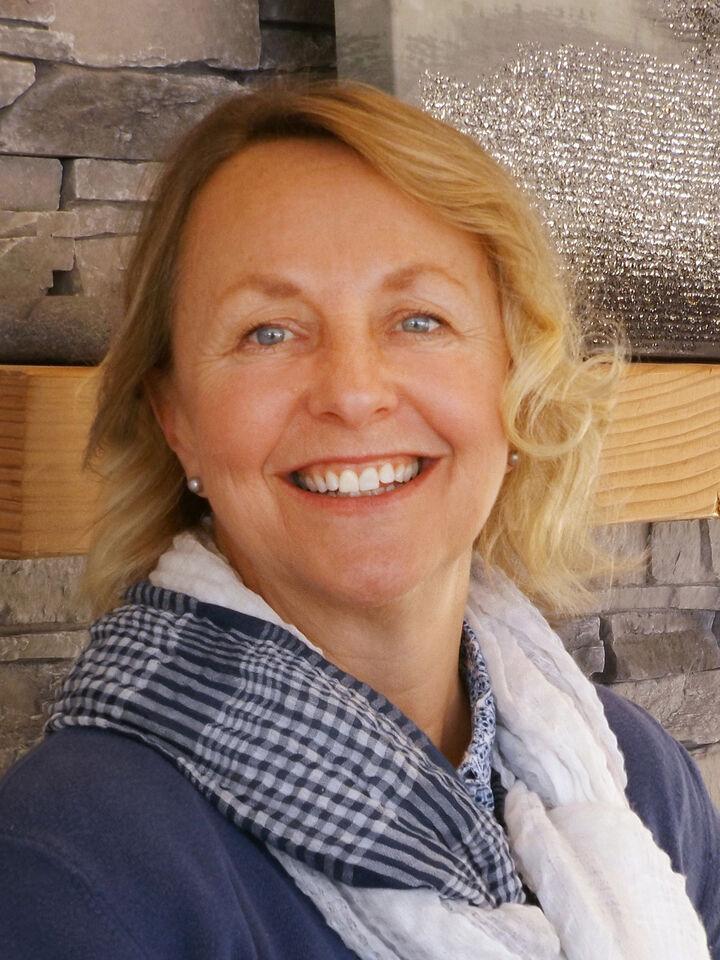 Marcee Medgin, Real Estate Broker in Sequim, Windermere