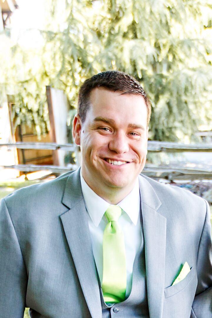 Dustin Schlichemeyer,  in Monroe, Windermere