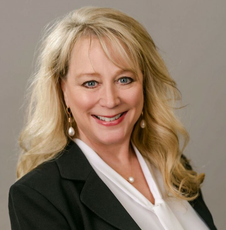 Cheryl Frazier, Broker in Anacortes, Windermere
