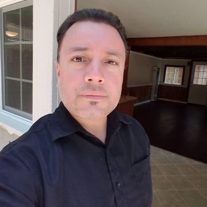 Alex Pena, REALTOR® in Santa Cruz, David Lyng Real Estate