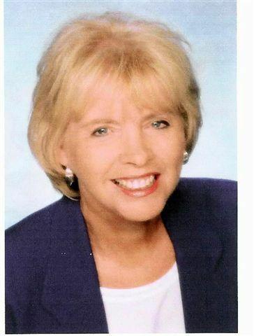 Nellie Hanlon, REALTOR® in San Diego, Windermere