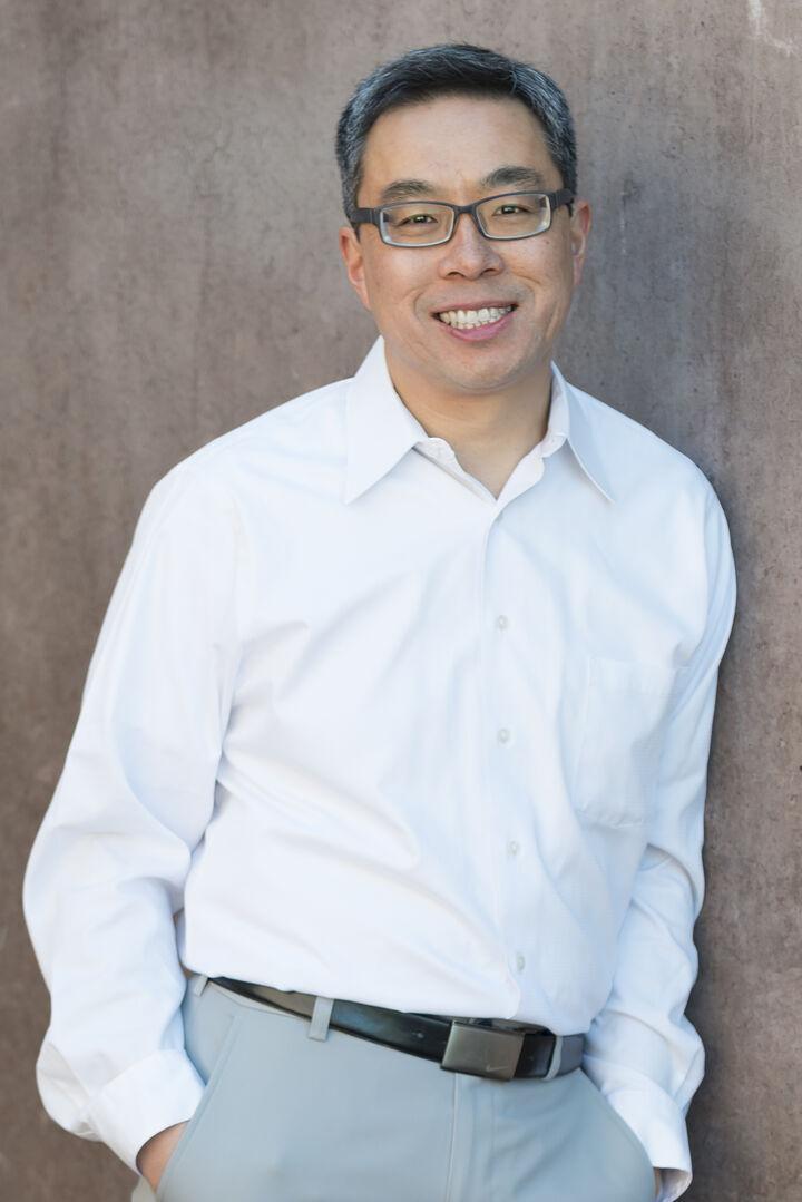 Andy Wong,  in Los Altos, Sereno