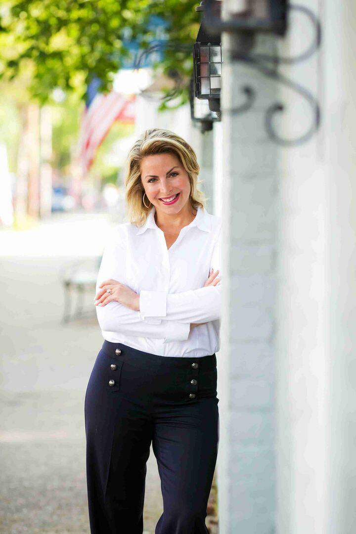 Bridgette Soby, Sales Associate in Narragansett, Mott & Chace Sotheby's International Realty