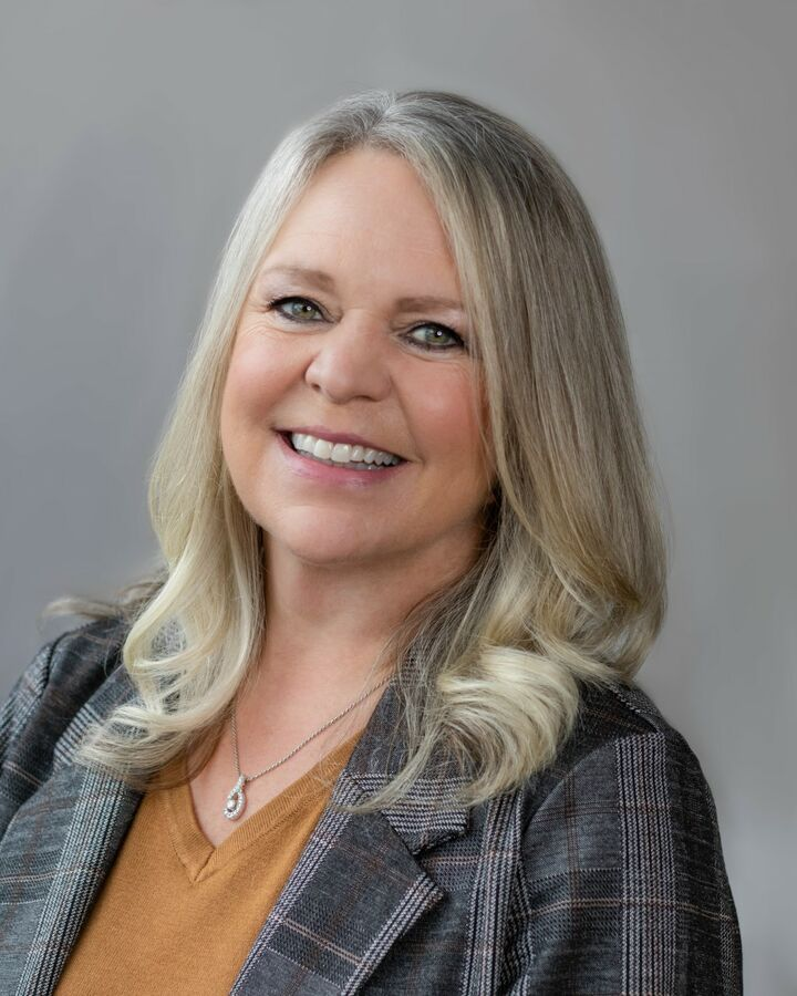 Lisa Adsero, REALTOR®/Broker in Maple Valley, Windermere