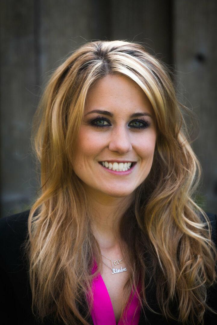Brittany Kodweis,  in Los Altos, Sereno Group
