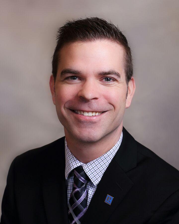 Chris Lynn, Broker | REALTOR® in Peoria, Jim Maloof Realtor
