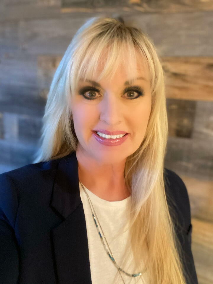 Janice Van Dyck, Realtor in Fair Oaks, Better Homes and Gardens Reliance Partners