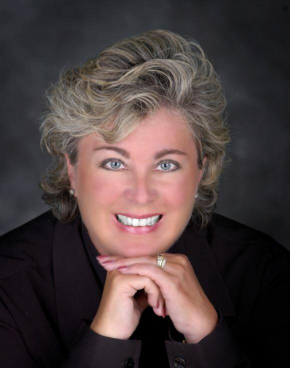 Sarah Burke, Real Estate Broker in Bend, Windermere